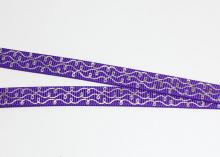 Репсовая лента завитки серебро на фиолетовом, 9 мм