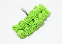 Букетик розочек 12 штук, размер розы 2 см. Зеленые