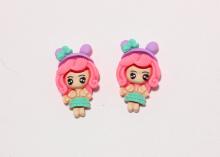 Кабошон Девочка с розовыми волосами, 33х20 мм