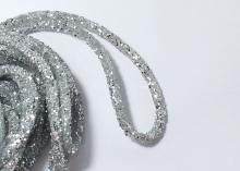Жгут полый силиконовый со стразами, 6 мм. Серебро